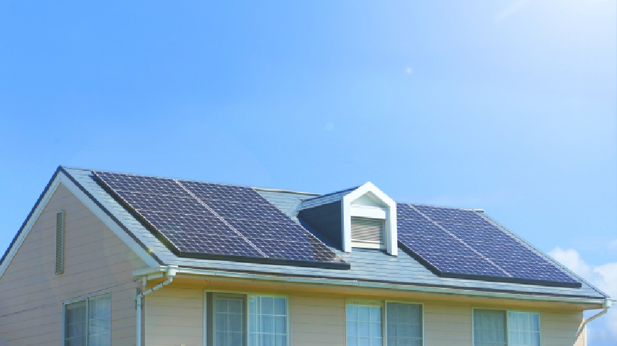 太陽光パネルが設置してある屋根の塗装方法