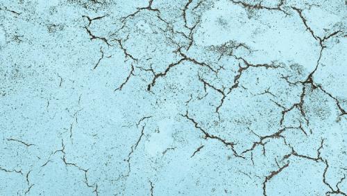 石材調塗料は弾性塗料と相性が悪い