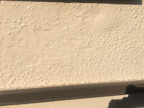 外壁塗装不具合事例(塗膜の膨れ)
